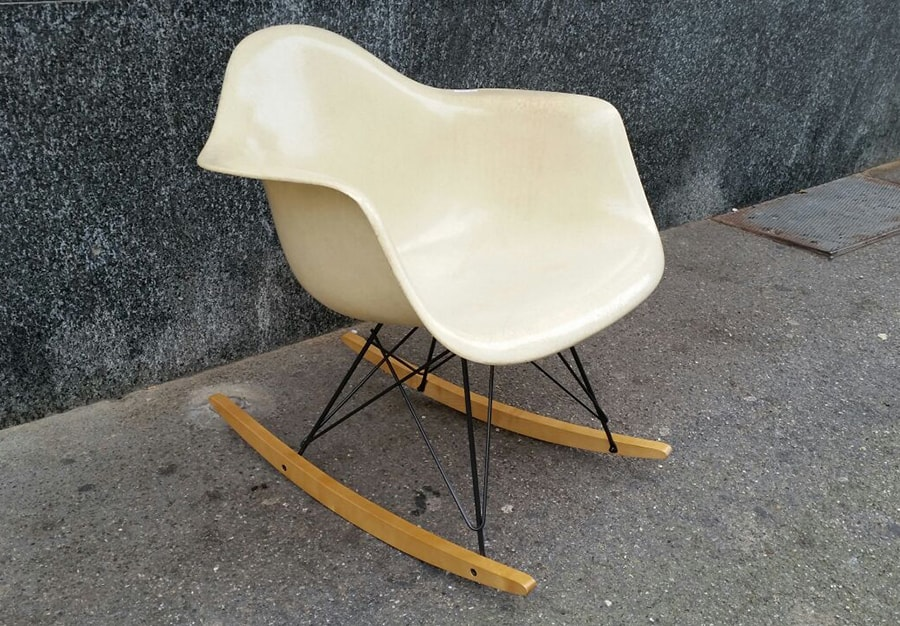 Coques Eames blanche